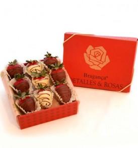 Fresas PACARI en caja de regalo