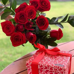 San Valentin 36 Bombones y Rosas