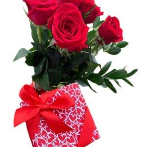 San Valentin 9 Bombones y Rosas